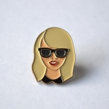 Enamel Pin Be Swift